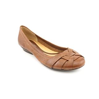 Naturalizer Women's 'Maude' Leather Casual Shoes - Wide (Size 7.5 )
