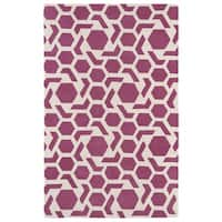 Hand-tufted Cosmopolitan Geo Pink/ Ivory Wool Rug - 5' x 7'9