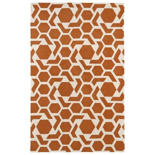 Hand-tufted Cosmopolitan Geo Orange/ Ivory Wool Rug (5' x 7'9)