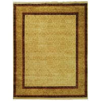 Safavieh Hand-knotted Ganges River Ivory/ Gold Wool Rug - 9' x 12'