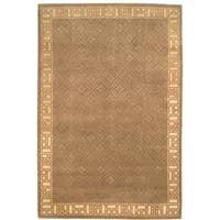 Safavieh Hand-knotted Nepalese Green/ Ivory Wool/ Silk Rug - 8' x 10'