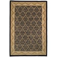 Safavieh Hand-knotted Nepalese Black Wool/ Silk Rug - 8' x 10'