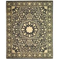 Safavieh Hand-knotted Ganges River Black/ Ivory Wool Rug - 5' x 7'