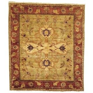 Safavieh Hand-knotted Peshawar Vegetable Dye Light Gold/ Red Wool Rug - 6' x 9'