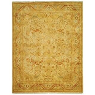 Safavieh Hand-knotted Peshawar Vegetable Dye Light Gold/ Dark Gold Wool Rug - 12' x 18'