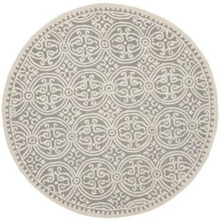 Safavieh Handmade Cambridge Moroccan Silver/ Ivory Rug (10' Round)