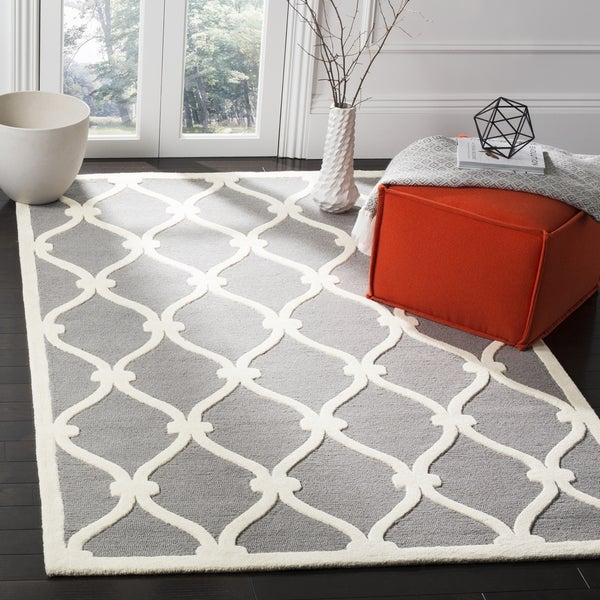 Safavieh Handmade Moroccan Cambridge Dark Grey/ Ivory Wool Rug - 9' x 12'