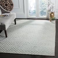 Safavieh Hand-knotted Santa Fe Geometric Light Grey/ Silver Wool Rug - 6' x 9'