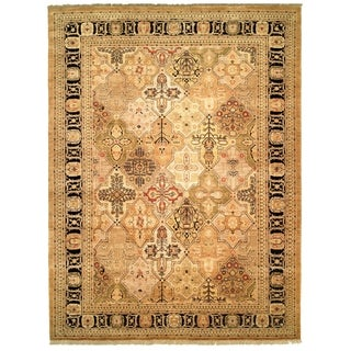 Safavieh Hand-knotted Peshawar Vegetable Dye Gold/ Black Wool Rug - 12' x 15'