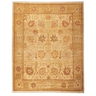 Safavieh Hand-knotted Peshawar Vegetable Dye Ivory/ Gold Wool Rug (12' x 18')