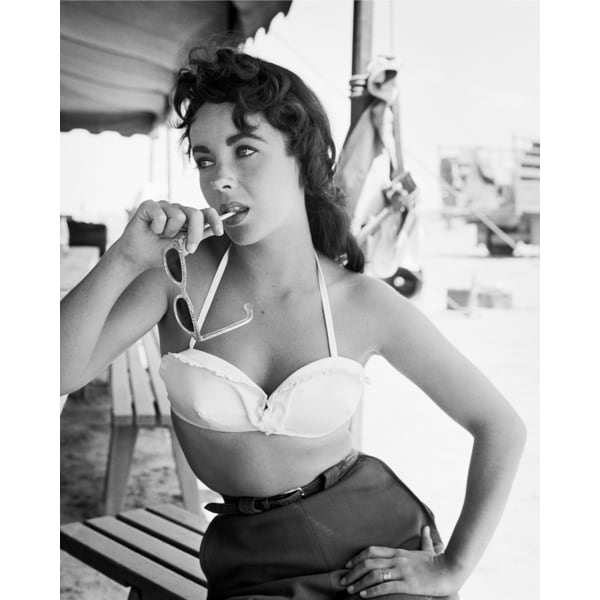 Elizabeth Taylor with Sunglasses on Set of 'Giant' 1955 Frank Worth Lithograph