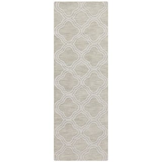 Hand Loomed Belpre Casual Solid Tone-On-Tone Moroccan Trellis Wool Area Rug (Light Green - 26 x 8)