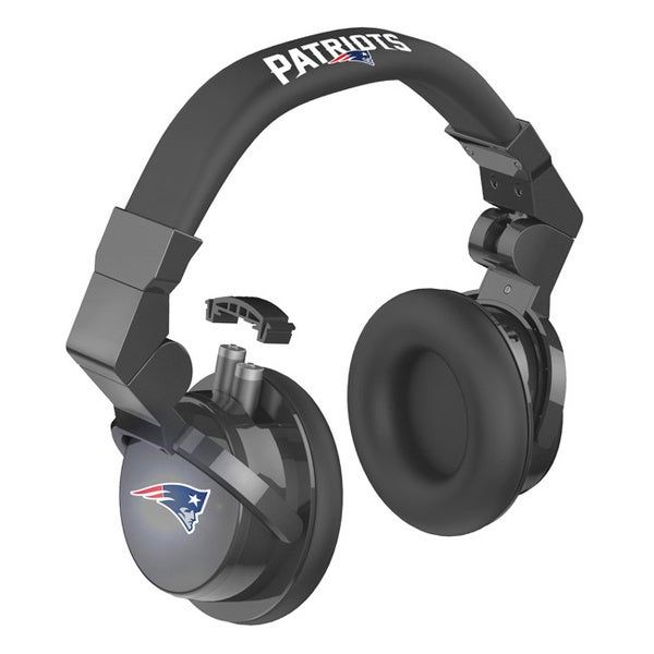 88ac37c5 iHip Official NFL New England Patriots Pro DJ LED Light-up Logo In-line  Microphone Headphones