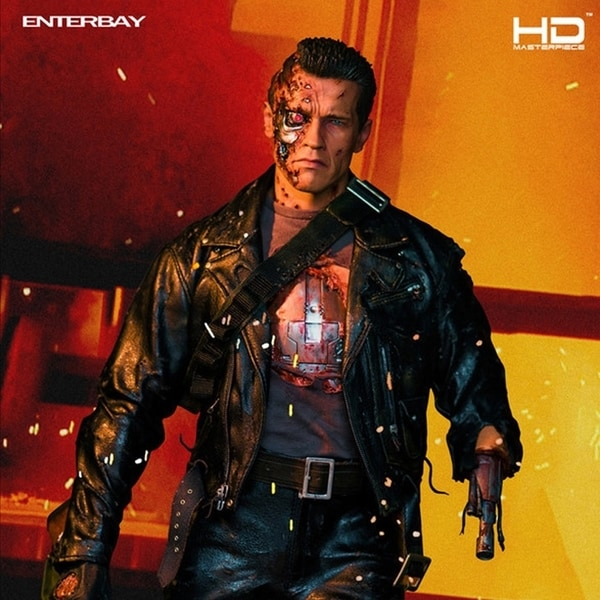 Enterbay Terminator 2 T800 Battle Damaged Edition 1:4 Action Figure