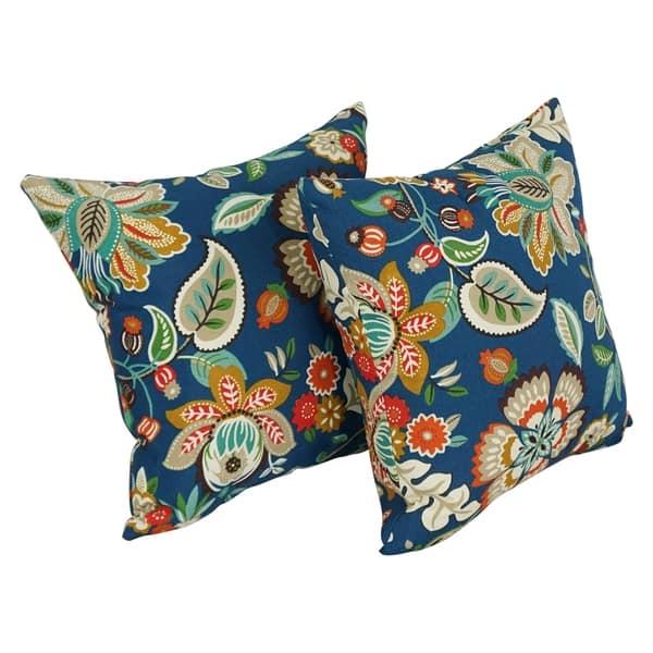 Blazing Needles 17 Inch Indoor Outdoor Throw Pillow Set Of 2 18 On Sale Overstock 8880667 Basalto Cherry