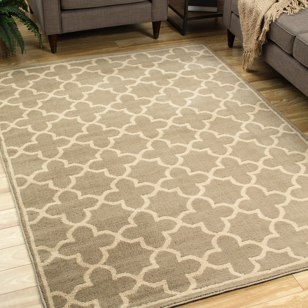 Casual Trellis Brown/ Tan Area Rug - 6'7 x 9'3