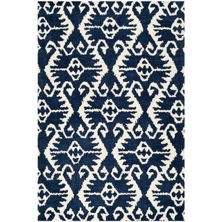 Safavieh Handmade Wyndham Royal Blue/ Ivory Wool Rug (10' x 14')
