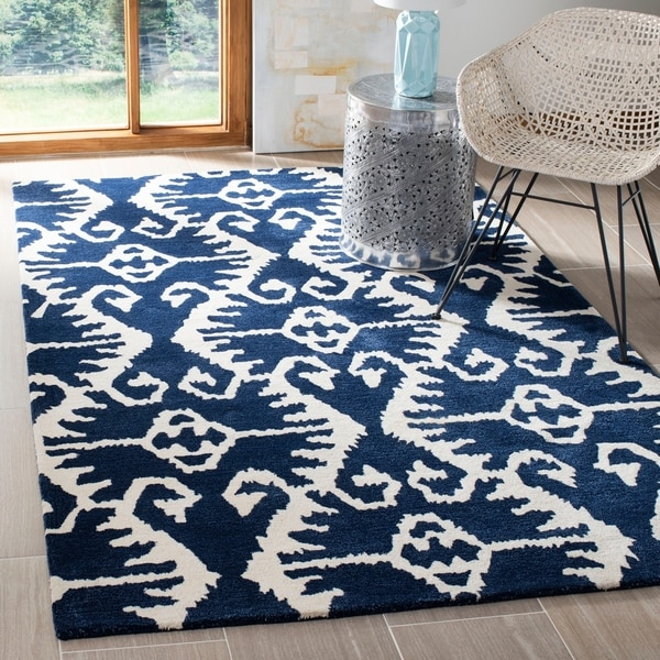 Safavieh Handmade Wyndham Royal Blue/ Ivory Wool Rug - 8' x 10'