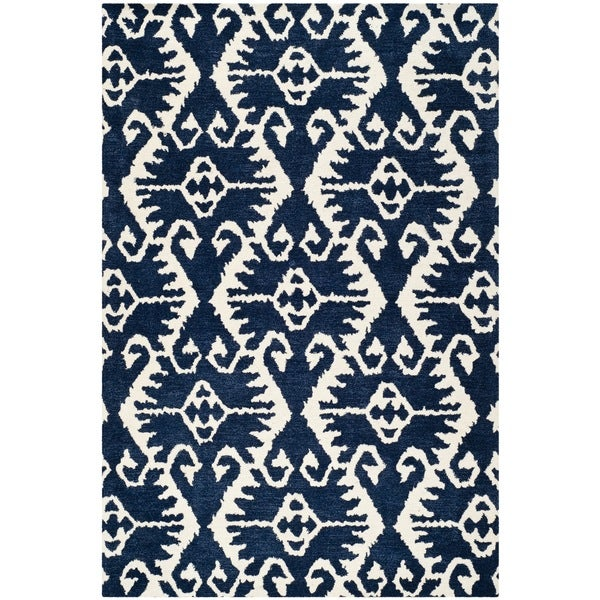 Safavieh Handmade Wyndham Royal Blue/ Ivory Wool Rug - 8' x 10'