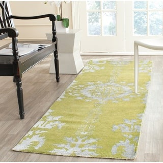 Safavieh Hand-knotted Stone Wash Chartreuse Wool/ Cotton Rug (2'6 x 12')