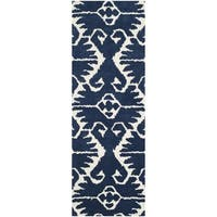 Safavieh Handmade Wyndham Royal Blue/ Ivory Wool Rug (2'3 x 11')