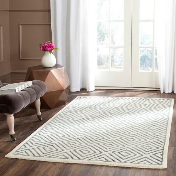 Safavieh Hand-knotted Mosaic Modern Beige/ Grey Wool/ Viscose Rug - 8' x 10'
