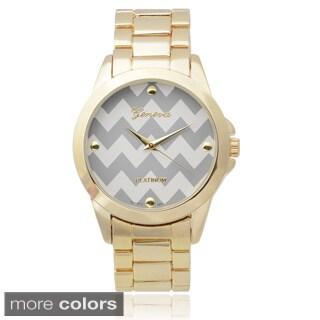 Geneva Platinum Women's Chevron Dial Metal Link Watch (Option: Red)
