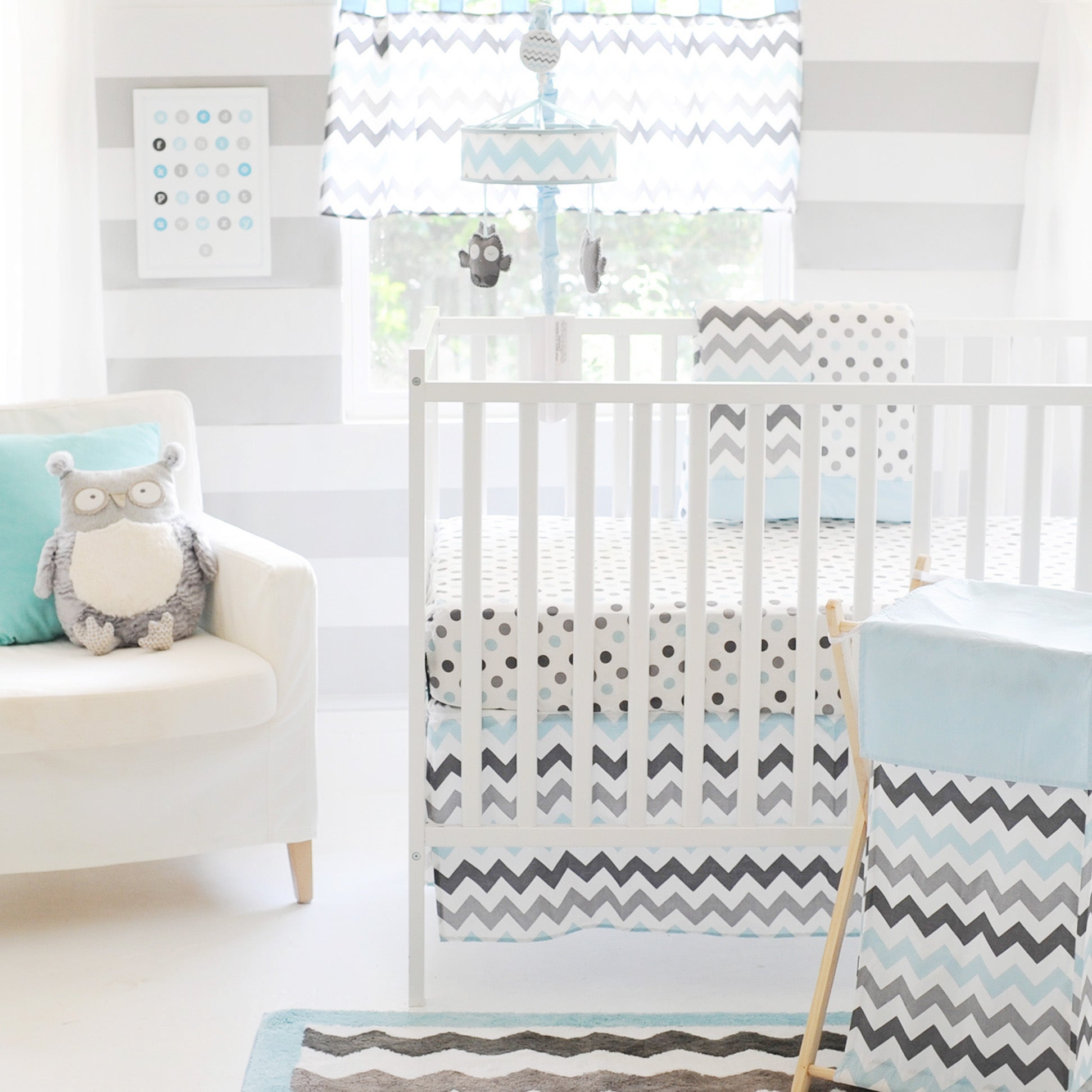 How to Shop for Clearance Crib Bedding