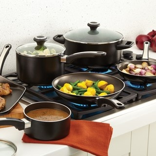 Farberware High Performance Nonstick Aluminum 17-piece Black Cookware Set