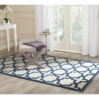 Safavieh Handmade Moroccan Cambridge Ivory/ Navy Wool Rug - 5' x 8'