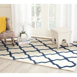 Safavieh Handmade Moroccan Cambridge Ivory/ Navy Wool Rug (5' x 8')