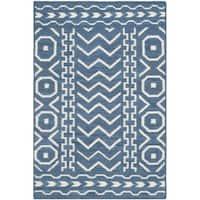 Safavieh Hand-woven Moroccan Reversible Dhurries Dark Blue/ Ivory Wool Rug - 2'6 x 4'