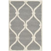 Safavieh Handmade Moroccan Cambridge Dark Grey/ Ivory Wool Rug - 2' x 3'