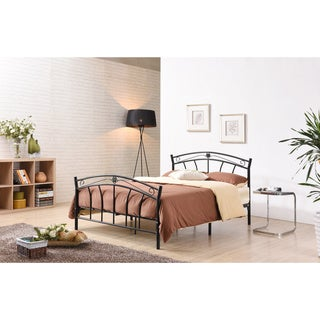 Sturdy Classic Metal Bed