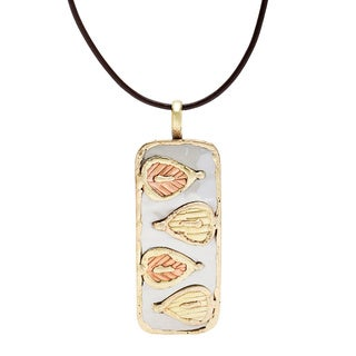 Handmade Stainless Steel with Abstract Leaf Designs Pendant (India)