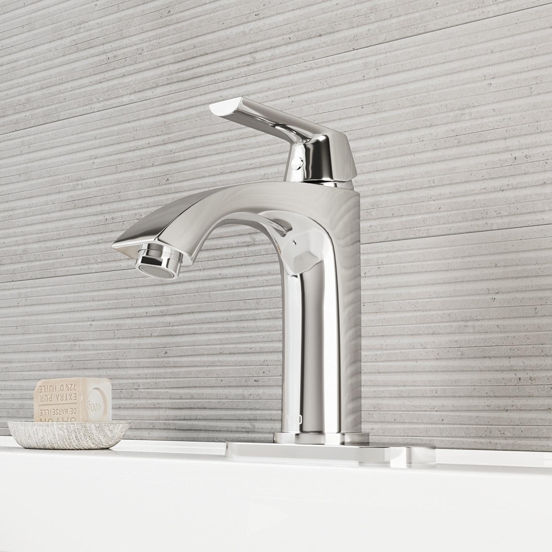 Vigo Penela Chrome Single Hole Bathroom Faucet With Deck Plate