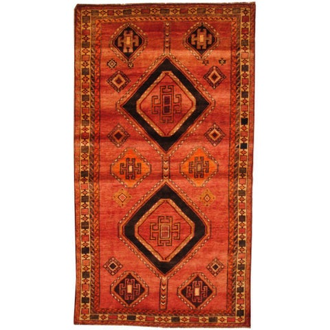 Handmade Antique 1960s Persian Hand-knotted Shiraz Red/ Beige Wool Area Rug - 5' x 8'9