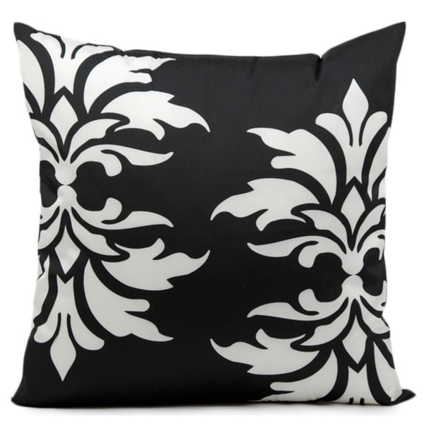 Mina Victory Indoor/Outdoor Damask Black Throw Pillow (20-inch x 20-inch) by Nourison