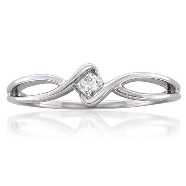 44b8627e994b6 Shop Montebello 10k White Gold 1/10ct TDW Princess-cut Diamond ...