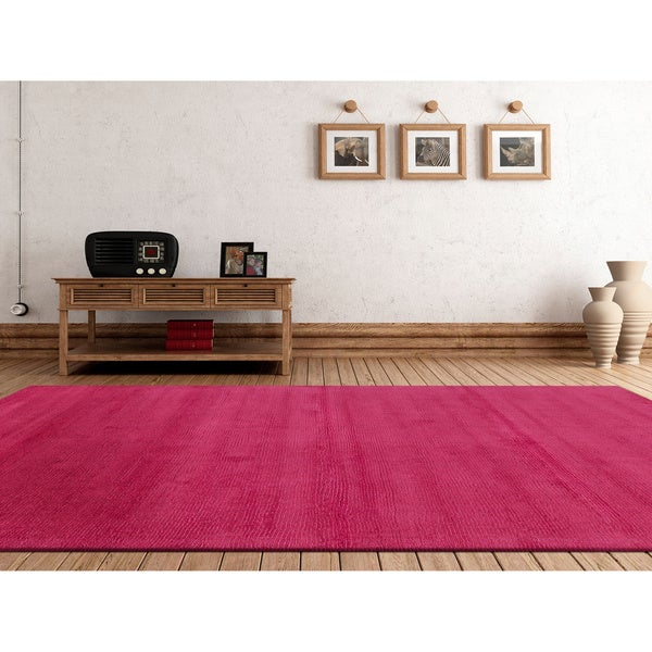 Hand-loomed Torres Casual Solid Wool Area Rug - 5' x 8'