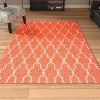 Scrollwork Orange/ Ivory Indoor/ Outdoor Rug (5'3 x 7'5)