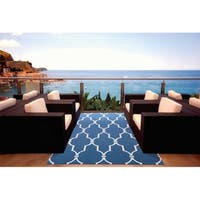 "Nourison Home & Garden Indoor/Outdoor Navy Rug (7'9"" x 10'10"") - 7'9 x 10'10"
