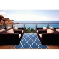 Nourison Home & Garden Indoor/Outdoor Navy Rug - 7'9 x 10'10