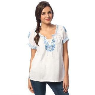 La Cera Women's White Hand-embroidered Peasant Top