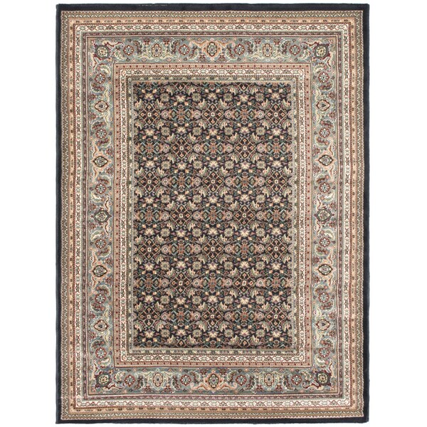 Medallion Navy Area Rug (5'6 x 7'5) - 5'6 x 7'5