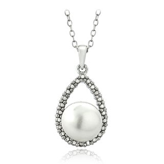 Glitzy Rocks Sterling Silver Freshwater Pearl Diamond Accent Teardrop Necklace (8-9 mm)