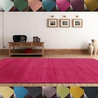 Hand-loomed Tatum Solid Wool Area Rug (9' x 13') - 9' x 13'