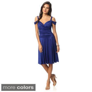 Evanese Women's Shiny Venezia Off-shoulder Sweetheart Dress|https://ak1.ostkcdn.com/images/products/8929371/Evanese-Womens-Shiny-Venezia-Off-shoulder-Sweetheart-Dress-P16144710.jpg?impolicy=medium