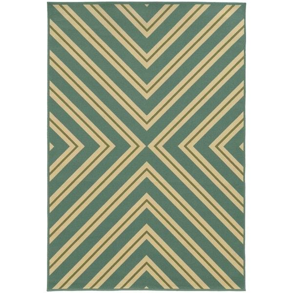 StyleHaven Indoor/ Outdoor Geometric Rug - 7'10 x 10'10