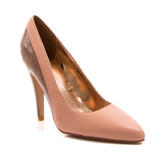 Women's 'Bethanie' Peach Two-tone Leather Pointed-toe Pumps